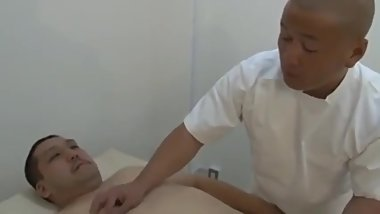 Chubby japanese bear fucked