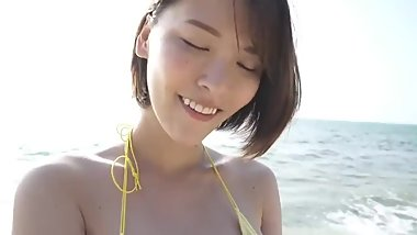Cute japanese big boobs gravure idol