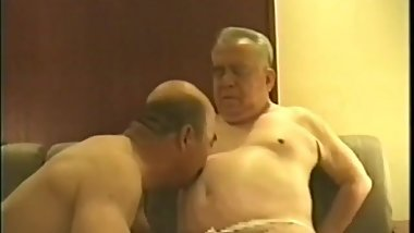 Fat Japanese Grandpa kena fucked