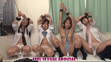Japanese schoolgirls who feel suddenly sexual arousal by remove a condom 1