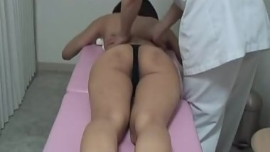 Young Japanese wife reluctant cheating with massager part 1