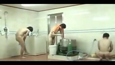 Japanese public shower 4