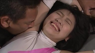 Japanese wrestler defeated and armpit licking