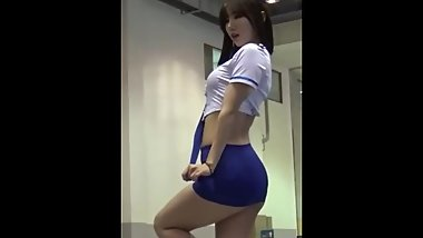 Hot & sexy young asian stewardess in too short miniskirt exposes juicy ass!